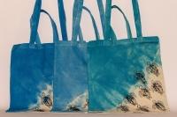 Plátěné tašky pomáhají